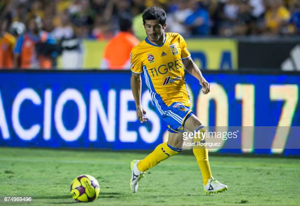 Damian Alvarez of Tigres drives the ball during the 16th round match between Tigres UANL and Tijuana as part of the Torneo Clausura 2017 Liga MX at...