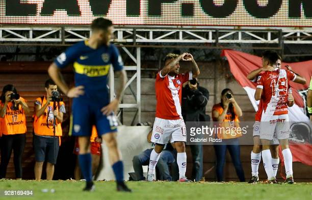 Damian Batallini of Argentinos Juniors celebrates with teammates after scoring the second goal of his team during a match between Argentinos Juniors...