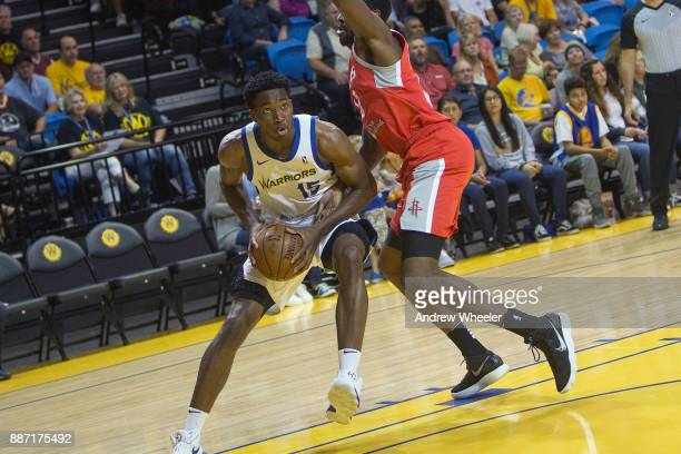 Damian Jones of the Santa Cruz Warriors drives to the basket during the NBA GLeague game against the Rio Grande Valley Vipers on November 24 2017 at...