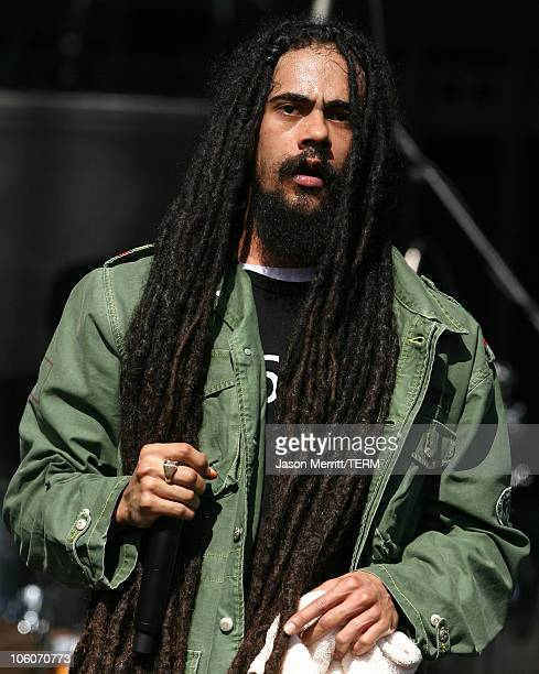 Damian marley stock photos and pictures getty images damian jr gong marley during kroq weenie roast y fiesta 2006 show at verizon thecheapjerseys Image collections