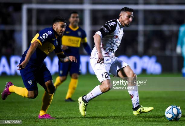 Damian Lemos of Patronato kicks the ball during a match between Patronato and Boca Juniors as part of Superliga Argentina 2019/20 at Presbitero...
