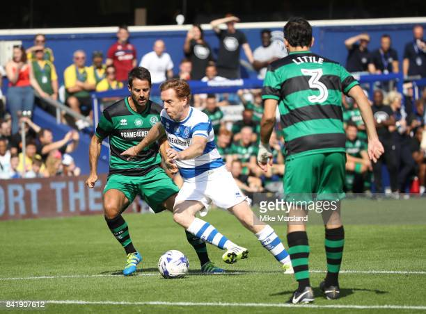 Damian Lewis and Jamie Redknapp during the #GAME4GRENFELL at Loftus Road on September 2, 2017 in London, England. The charity football match has been...