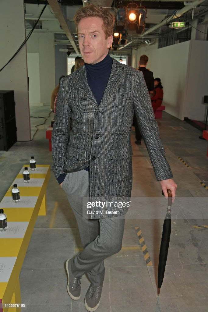 Christopher Kane - Front Row - LFW February 2019 : News Photo