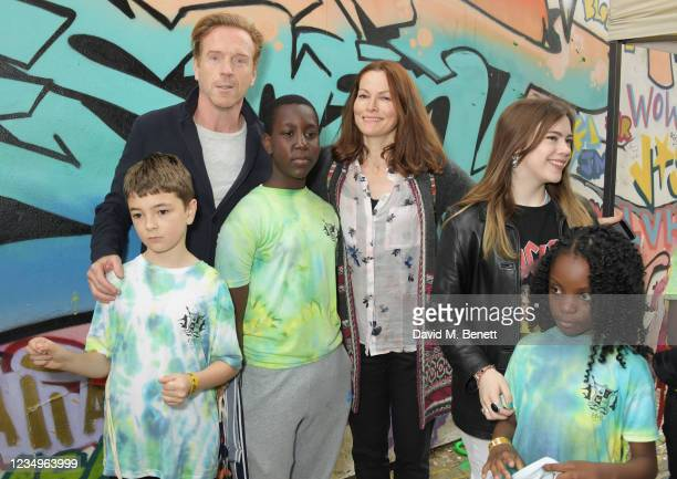 Damian Lewis poses with cast members Riley De-Gragg, Joshua Bamgbose, director Selina Giles, co-director Lily Alice Clark and cast member Kalise...