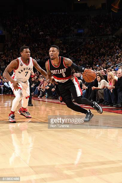 Damian Lillard of the Portland Trail Blazers drives to the basket during the game against the Toronto Raptors on March 4 2016 at the Air Canada...