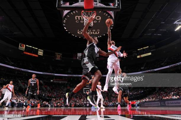 Damian Lillard of the Portland Trail Blazers shoots the ball during the game against the Sacramento Kings on October 20, 2021 at the Moda Center...