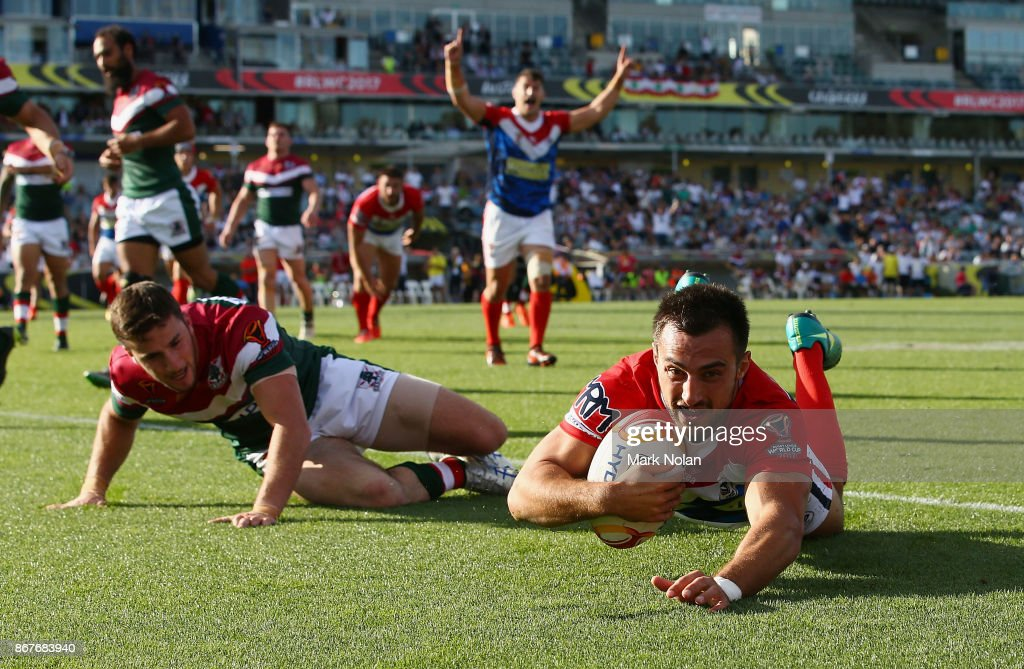 Damien Cardace of France scores a try during the 2017 Rugby League World Cup match between France and Lebanon at Canberra Stadium on October 29, 2017 in Canberra, Australia.