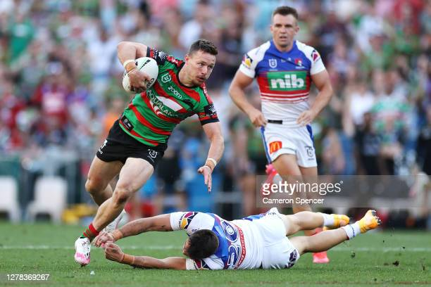 Damien Cook of the Rabbitohs makes a break during the NRL Elimination Final match between the South Sydney Rabbitohs and the Newcastle Knights at ANZ...