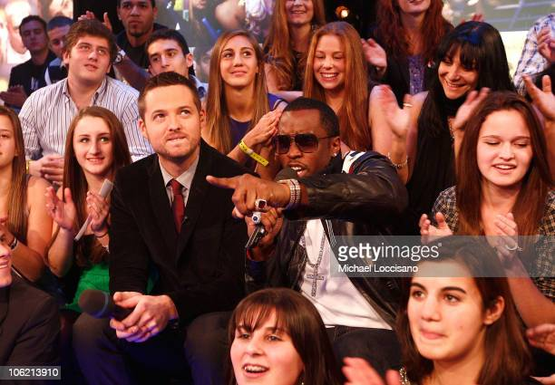 """Damien Fahey and Sean """"Diddy"""" Combs speak during MTV's TRL """"Total Finale Live"""" at the MTV Studios in Times Square on November 16, 2008 in New York..."""