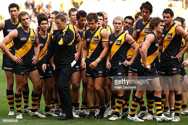 Damien Hardwick coach of the Tigers addresses his players after their narrow defeat in the round eight AFL match between the Richmond Tigers and the...
