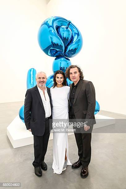 Damien Hirst Katie Keight and Ant Genn attend a private dinner for Jeff Koons hosted by Damien Hirst at Newport Street Gallery on May 16 2016 in...
