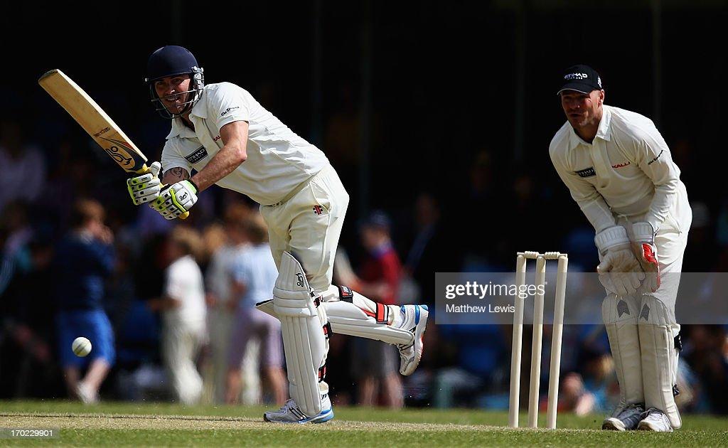 Shane Warne's Australia vs Michael Vaughan's England T20 match