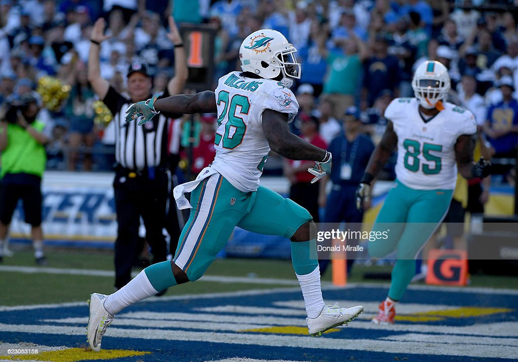 Miami Dolphins v San Diego Chargers : Nachrichtenfoto
