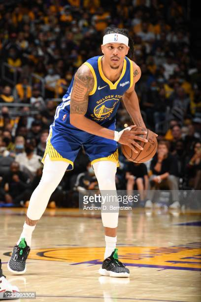 Damion Lee of the Golden State Warriors looks to pass the ball against the Los Angeles Lakers on October 19, 2021 at STAPLES Center in Los Angeles,...