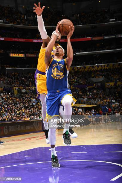 Damion Lee of the Golden State Warriors shoots the ball against the Los Angeles Lakers on October 19, 2021 at STAPLES Center in Los Angeles,...