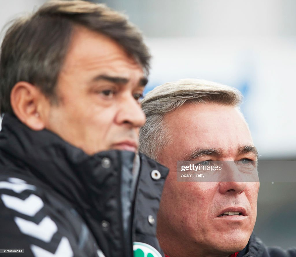Damir Buric head coach of SpVgg Greuther Fuerth chats to Olaf Janssen head coach of FC St. Pauli during the Second Bundesliga match between SpVgg Greuther Fuerth and FC St. Pauli at Sportpark Ronhof Thomas Sommer on November 26, 2017 in Fuerth, Germany.