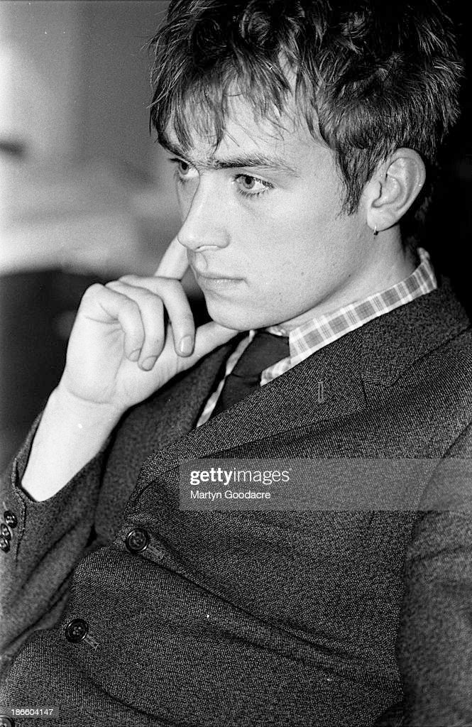 Damon Albarn Of Blur At The NME Office 1992 : News Photo