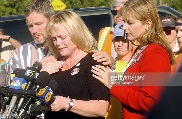 Damon and Brenda van Dam speak at a press conference with Diane Halfman Director of the Danielle Search Center at their home February 26 2002 in the...