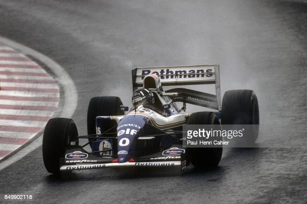 Damon Hill, Williams-Renault FW16 OR Williams-Renault FW16B, Grand Prix of Japan, Suzuka Circuit, Suzuka, Japan, November 6, 1994. Damon Hill on his...