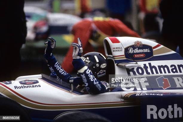 Damon Hill, Williams-Renault FW16B, Grand Prix of Japan, Suzuka Circuit, 06 November 1994. Damon Hill right after his victory in the 1994 Grand Prix...
