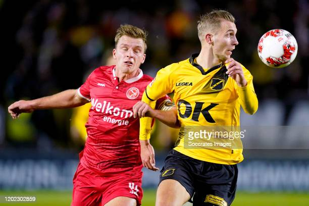 Damon Mirani of Almere City FC, Finn Stokkers of NAC Breda during the Dutch Keuken Kampioen Divisie match between NAC Breda v Almere City at the Rat...