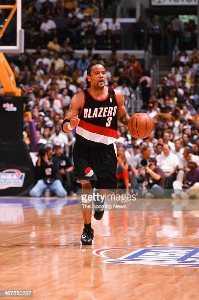 Damon Stoudamire of the Portland Trail Blazers moves the ball during Game One of the NBA Western Conference Finals against the Los Angeles Lakers on...