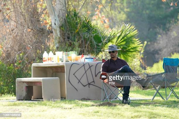Damon Wayans behind the scenes during the Panama episode of LETHAL WEAPON airing Tuesday Nov 6 on FOX