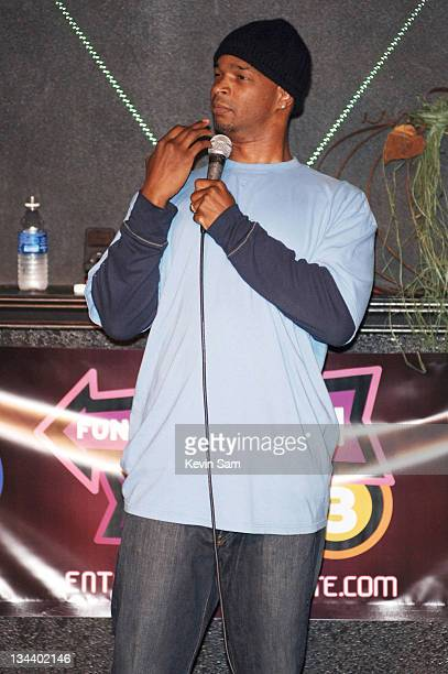 Damon Wayans during Damon Wayans Performs at Tommy T's Comedy Club in Pleasanton November 22 2006 in Pleasanton California United States