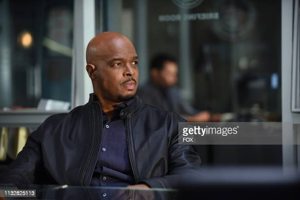 Damon Wayans in the Coyote Ugly episode of LETHAL WEAPON airing Tuesday Feb 5 on FOX