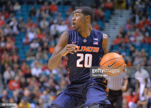 Da'Monte Williams of the Illinois Fighting Illini looks to pass against the UNLV Rebels during their game at the MGM Grand Garden Arena on December 9...