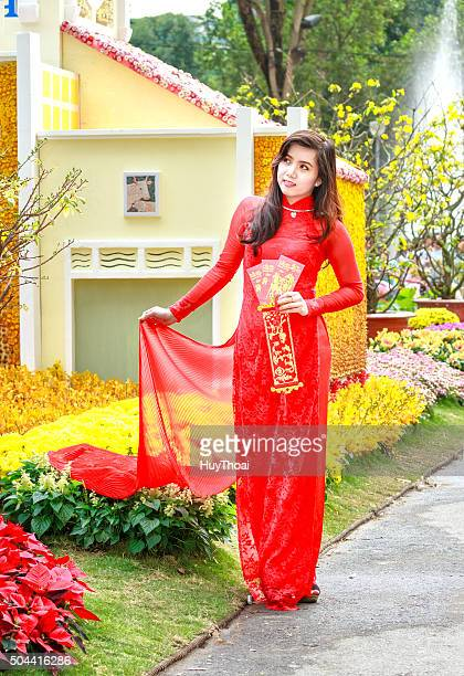 damsel welcome spring - long dress stock pictures, royalty-free photos & images