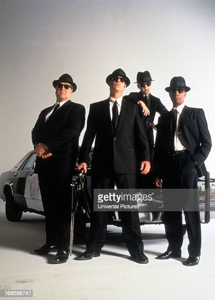 Dan Aykroyd John Goodman and J Evan Bonifant wearing a suit hat and suglasses in a scene from the film 'Blue Brothers 2000' 1998