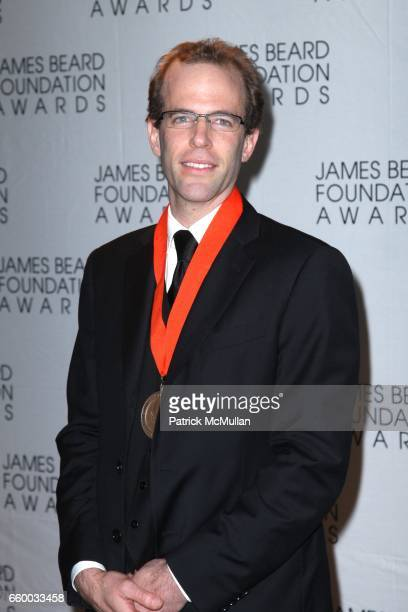 Dan Barber attends The 2009 JAMES BEARD FOUNDATION AWARDS at Avery Fisher Hall at Lincoln Center on May 4 2009 in New York City