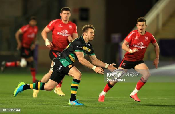 Dan Biggar of Northampton Saints passes the ball during the European Rugby Challenge Cup, quarter final match between Northampton Saints and Ulster...