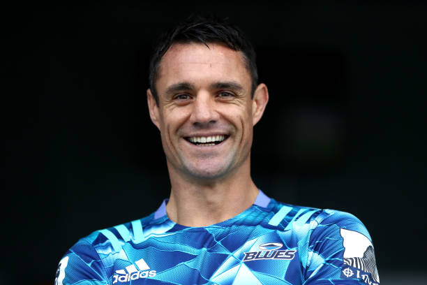 NZL: Dan Carter Joins The Blues