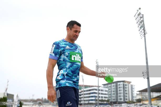 Dan Carter attends a training session after announcing he is joining the Blues at Blues HQ on June 04, 2020 in Auckland, New Zealand. Carter is...
