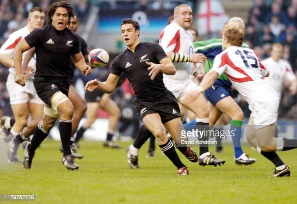 Dan Carter England v New Zealand Rugby Union international at Twickenham Stadium 18th November 2005.