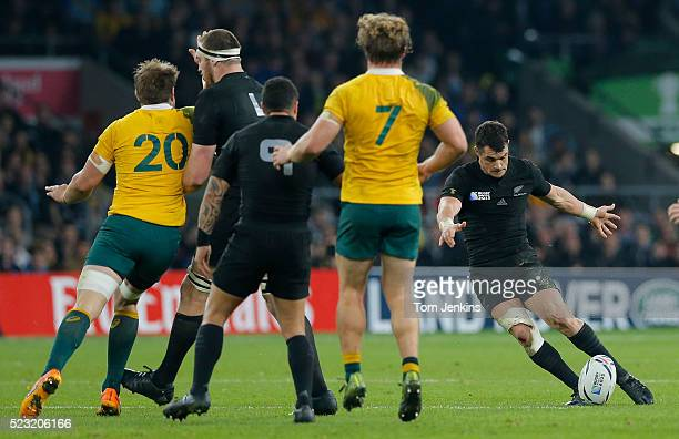30 Top Drop Kick Pictures, Photos and Images - Getty Images