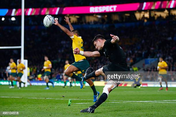 Dan Carter of New Zealand scores a conversion during the 2015 Rugby World Cup Final match between New Zealand and Australia at Twickenham Stadium on...
