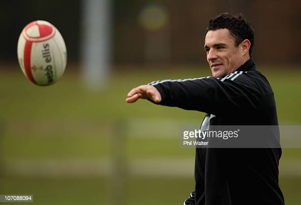 Dan Carter of the All Blacks passes the ball during a New Zealand All Blacks Training Session at the University of Bath on November 23 2010 in Bath...