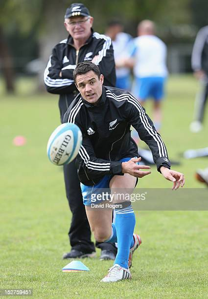 Dan Carter passes the ball during a New Zealand All Blacks training session held at St George's College on September 25 2012 in Buenos Aires Argentina