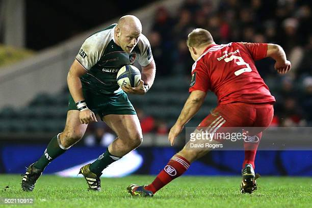 Dan Cole of Leicester takes on John Ryan during the European Rugby Champions Cup match between Leicester Tigers and Munster at Welford Road on...