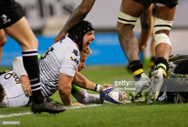 Dan Evans of Ospreys scores a try during the European Rugby Champions Cup match between Northampton Saints and Ospreys at Franklin's Gardens on...