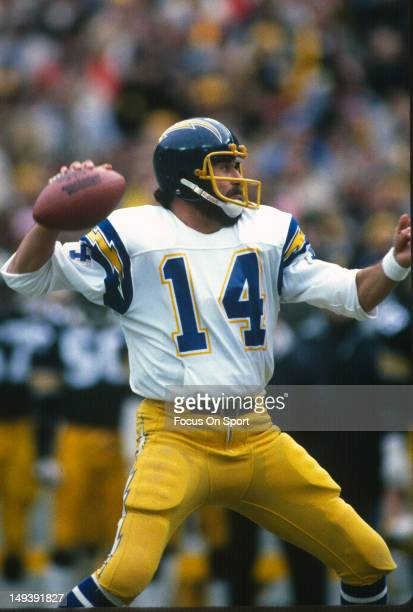 Dan Fouts of the San Diego Chargers drops back to pass against the Pittsburgh Steelers during the AFC WildCard Playoff NFL football game January 9...