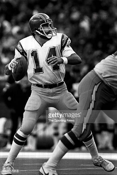 Dan Fouts of the San Diego Chargers throws a pass circa 1980s