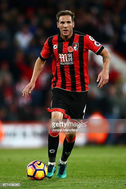 Dan Gosling of AFC Bournemouth in action during the Premier League match between AFC Bournemouth and Sunderland at Vitality Stadium on November 5...