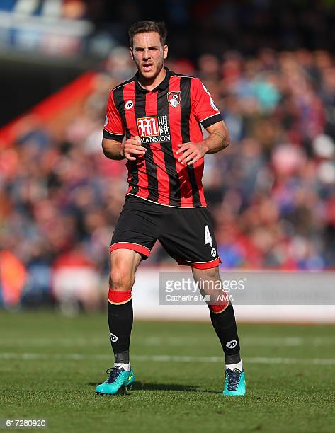 Dan Gosling of Bournemouth during the Premier League match between AFC Bournemouth and Tottenham Hotspur at Vitality Stadium on October 22 2016 in...