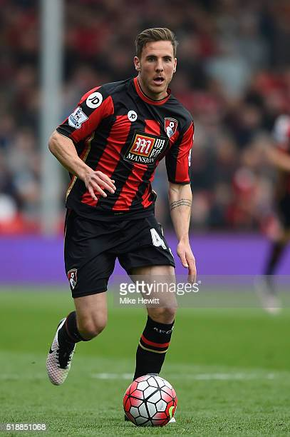 Dan Gosling of Bournemouth in action during the Barclays Premier League match between AFC Bournemouth and Manchester City at Vitality Stadium on...