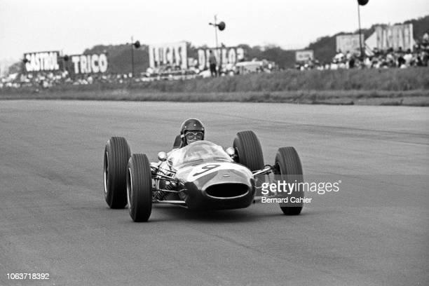 Dan Gurney, Brabham-Climax BT7, Grand Prix of Great Britain, Silverstone Circuit, 20 July 1963.