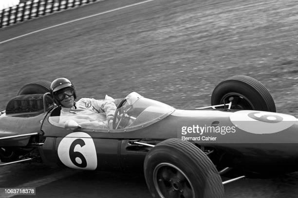 Dan Gurney, Brabham-Climax BT7, Grand Prix of Mexico, Autodromo Hermanos Rodriguez, Magdalena Mixhuca, 27 October 1963.